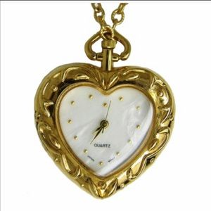 AVON•MOTHER Of PEARL HEART PENDANT WATCH W/CHAIN